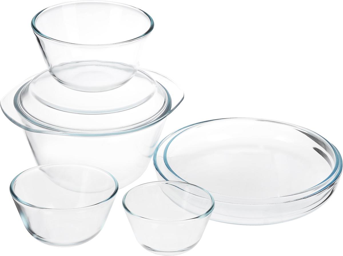 Набор термостойкой посуды Helper Gurman, 7 предметов4543Набор Helper Gurman состоит из четырех мисок, 2 лотков для запекания и крышки-тарелки. Посуда изготовлена из жаропрочного стекла. Стеклянная огнеупорная посуда идеальна для приготовления блюд в духовке, микроволновой печи, а также для хранения продуктов в холодильнике и морозильной камере. Безопасна с точки зрения экологии. Не вступает в реакции с готовящейся пищей, не боится кислот и солей. Не ржавеет, в ней не появляется накипь. Не впитывает запахи и жир. Благодаря прозрачности стекла, за едой можно наблюдать при ее готовке. Изделия оснащены небольшими ручками. Можно мыть в посудомоечной машине. Объем мисок: 400 мл, 650 мл, 1,25 л, 3 л. Диаметр мисок: 11,5 см, 12,5 см, 16 см, 21,5 см. Высота стенки мисок: 6,5 см, 7,5 см, 9 см, 12 см. Размер лотков для запекания: 26 х 26 х 4,5 см, 28 х 28 х 4,5 см. Размер крышки-тарелки: 26,5 х 23 х 2,3 см.