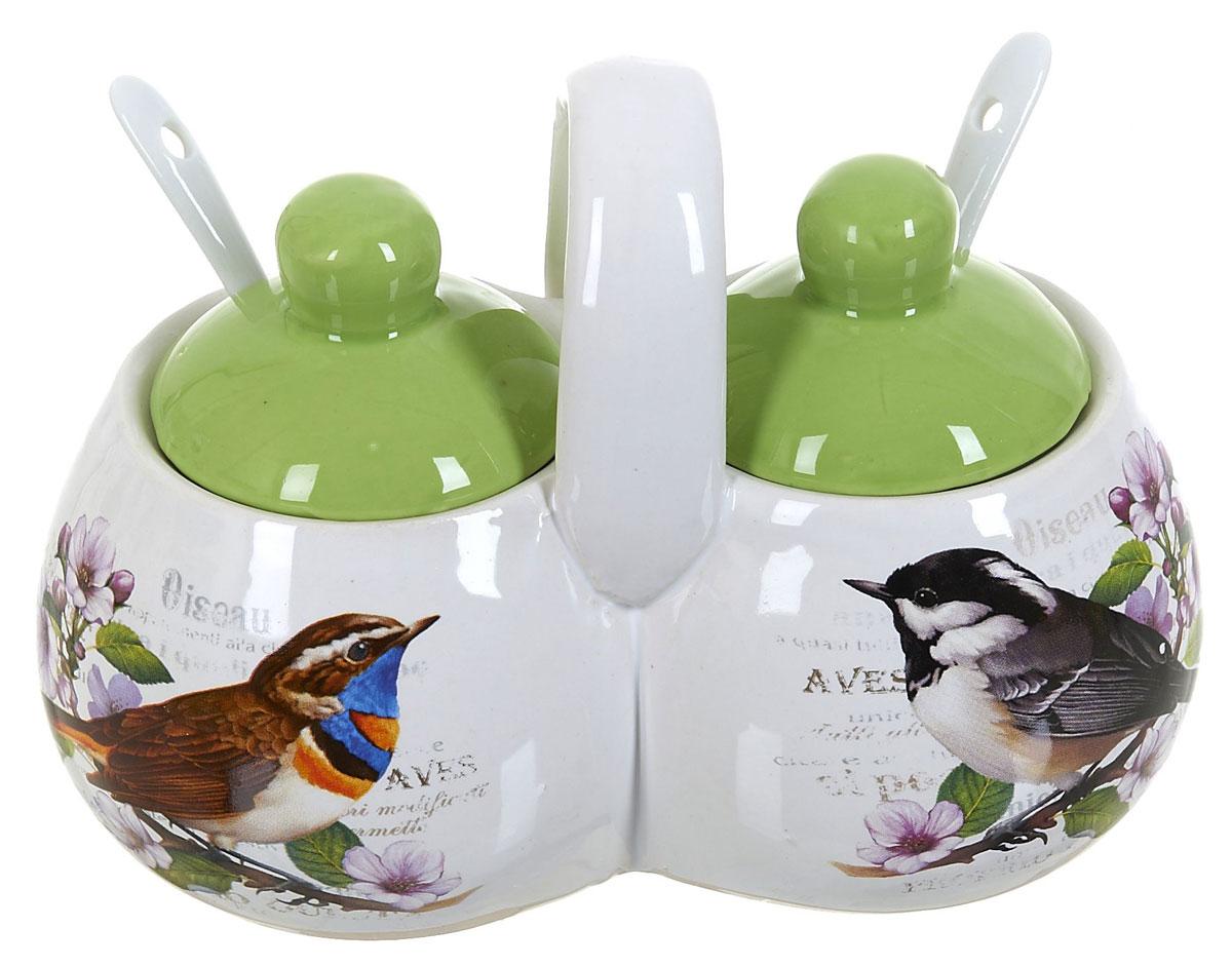 Банка для сыпучих продуктов Polystar Birds, двойная, с ложками, 250 млL2430748Баночка для специй двойная 250 мл каждая емкость, с крышками и двумя керамическими ложечками. Изготовлена из керамики. Будет уместна в любом интерьере. Изделие упаковано в подарочную коробку.