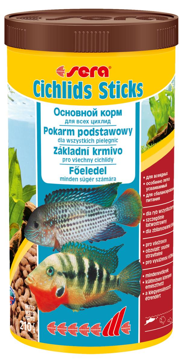Корм для рыб Sera Cichlids Sticks, 1000 мл (210 г)0210Основной корм, состоит из палочек, произведенных путем бережной обработки сырья; предназначен для крупных всеядных цихлид. Благодаря высокому содержанию ценных белков и, входящим в состав зародышам пшеницы, этот сбалансированный корм легко усваивается и особенно привлекателен для рыб. Плавающие палочки сохраняют свою форму в воде, не загрязняя ее. Инструкция по применению: Кормить один-два раза в день, но только в том количестве, которое рыбы могут съесть в течение короткого периода времени. Ингредиенты: рыбная мука, кукурузный крахмал, пшеничная мука, пшеничная клейковина, пшеничные зародыши (5%), пивные дрожжи, рыбий жир (в т.ч. 49% Омега жирных кислот), гаммарус, маннанолиго-сахариды (0,4%), зеленые мидии, водоросль гематококкус, чеснок. Аналитический состав: Протеин 41,9%, Жиры 6,4%, Клетчатка 2,9%, Влажность 4,5%, Зольные вещества 4,8%. Содержание добавок: Витамины и провитамины: Вит. А 30.000 ME/ кг, Вит. D3 1.500 МЕ/кг, Вит. Е (D, L-a-tocopheryl acetate) 60 мг/кг, Вит. В1 30...