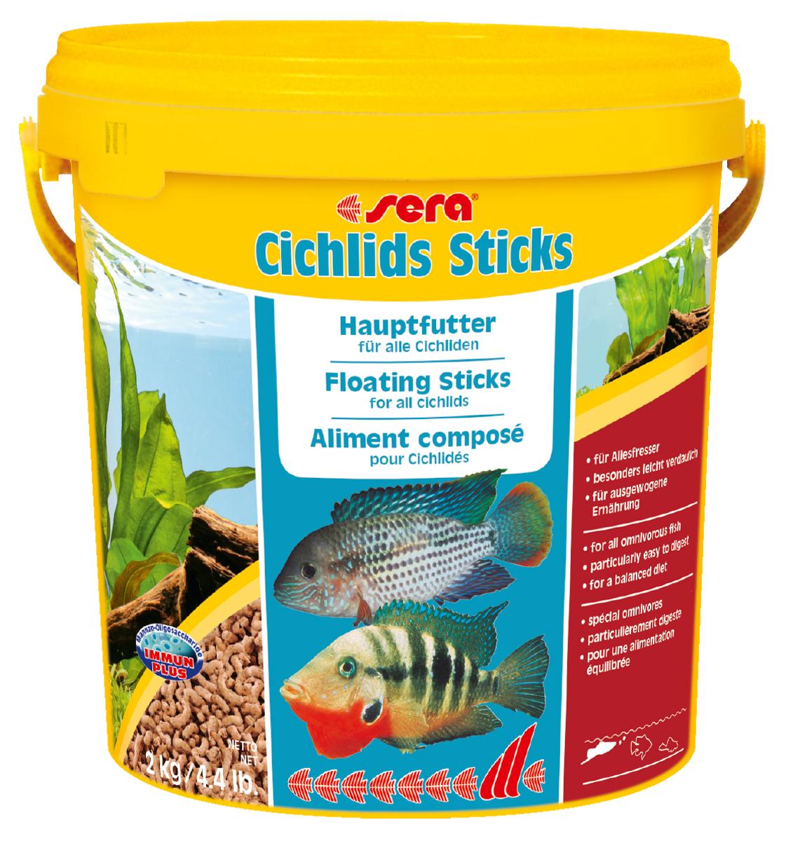 Корм для рыб Sera Cichlids Sticks, 10 л (2 кг)0220Основной корм, состоит из палочек, произведенных путем бережной обработки сырья; предназначен для крупных всеядных цихлид. Благодаря высокому содержанию ценных белков и, входящим в состав зародышам пшеницы, этот сбалансированный корм легко усваивается и особенно привлекателен для рыб. Плавающие палочки сохраняют свою форму в воде, не загрязняя ее. Инструкция по применению: Кормить один-два раза в день, но только в том количестве, которое рыбы могут съесть в течение короткого периода времени. Ингредиенты: рыбная мука, кукурузный крахмал, пшеничная мука, пшеничная клейковина, пшеничные зародыши (5%), пивные дрожжи, рыбий жир (в т.ч. 49% Омега жирных кислот), гаммарус, маннанолиго-сахариды (0,4%), зеленые мидии, водоросль гематококкус, чеснок. Аналитический состав: Протеин 41,9%, Жиры 6,4%, Клетчатка 2,9%, Влажность 4,5%, Зольные вещества 4,8%. Содержание добавок: Витамины и провитамины: Вит. А 30.000 ME/ кг, Вит. D3 1.500 МЕ/кг, Вит. Е (D, L-a-tocopheryl acetate) 60 мг/кг, Вит. В1 30...