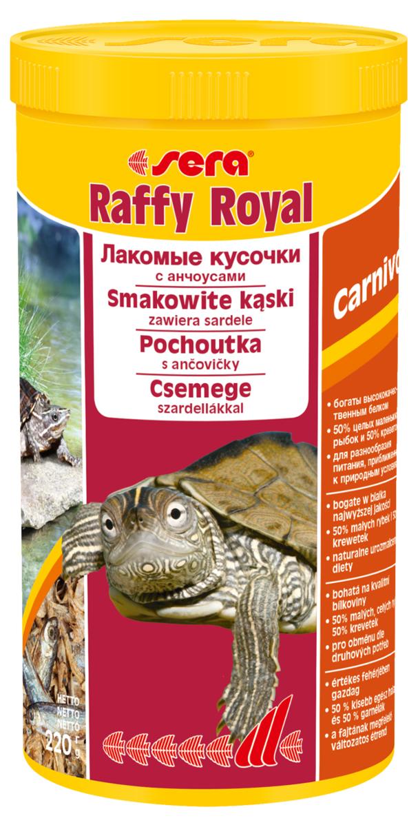 Корм для рептилий Sera Raffy Royal, 1000 мл (220 г)1736Смешанный корм-лакомство для водяных черепах и других плотоядных рептилий, а также хищных рыб, богатое легко усваиваемым белком и микроэлементами. Изготовлен из кормовых организмов, высушенных целиком. Инструкция по применению: Кормить экономно, несколько раз в неделю, между основными кормлениями. Крупные кусочки рыбы разрываются без каких бы то ни было проблем, что соответствует естественному поведению животных. Ингредиенты: рыба (50%), креветки (50%). Аналитический состав: Протеин 62,3%, Жиры 8,0%, Клетчатка 4,9%, Влажность 8,3%, Зольные вещества 14,4%, Кальций 2,3%, Фосфор 1,5%.