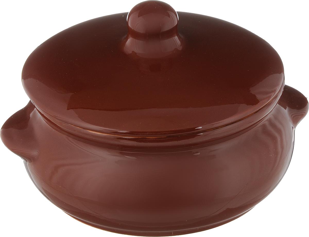 Горшок для запекания Борисовская керамика Радуга, с крышкой, цвет: коричневый, 700 млРАД00000380_коричневыйГоршок для запекания Борисовская керамика Радуга с крышкой выполнен из высококачественной керамики. Уникальные свойства красной глины и толстые стенки изделия обеспечивают эффект русской печи при приготовлении блюд. Блюда, приготовленные в керамическом горшке, получаются нежными и сочными. Вы сможете приготовить мясо, сделать томленые овощи и все это без капли масла. Это один из самых здоровых способов готовки. Можно использовать в духовке и микроволновой печи. Диаметр горшка (по верхнему краю): 15 см. Высота стенок: 7 см. Объем: 700 мл.