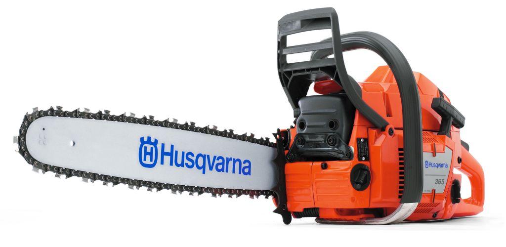 Бензопила Husqvarna 365SP9670828-18Бензопила HUSQVARNA 365SP – это профессиональный инструмент, имеющий высокую мощность и используемый для работы в тяжелых условиях. Данное оборудование предназначено для профессиональной валки деревьев, обрезания сучьев и раскряжевки