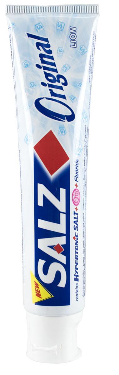LionThailand Salz Original Паста зубная, 160 гр008922Инновационная формула зубной пасты «All Protection» обеспечивает комплексную защиту и уход за полостью рта., Зубная паста Salz содержит несколько основных активных компонентов: гипертоническую соль, коэнзим Q10 и фтор для защиты полости рта и устранения неприятного запаха., Прекрасно освежает дыхание., Обладает приятным мятным ароматом., -Концентрированное содержание гипертонической соли укрепляет десна и уменьшает количество бактерий, которые являются причиной появления неприятного запаха изо рта., -Коэнзим Q10, являясь антиоксидантом, надежно защищает полость рта и десна., -Фтор предупреждает развитие кариеса и улучшает состояние зубной эмали., Способ применения: чистить зубы не менее 3х минут, последовательно обрабатывая наружные, жевательные и внутренние поверхности всех зубов., Меры предосторожности: хранить в недоступном для детей месте., Способ хранения: хранить в прохладном сухом месте., Состав: вода, сорбитол, гидратированный диоксид кремния,...