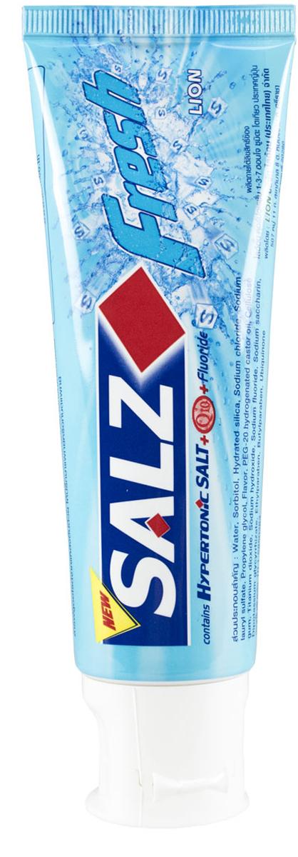 LionThailand Salz Fresh Паста зубная, 90 гр008953Инновационная формула зубной пасты «All Protection» обеспечивает комплексную защиту и уход за полостью рта. Зубная паста Salz содержит несколько активных компонентов: гипертоническую соль, коэнзим Q10 и фтор для защиты полости рта и устранения неприятного запаха. Прекрасно освежает дыхание. Обладает свежим ароматом зеленой мяты. -Концентрированное содержание гипертонической соли укрепляет десна и уменьшает количество бактерий, которые являются причиной появления неприятного запаха изо рта. -Коэнзим Q10, являясь антиоксидантом, надежно защищает полость рта и десна. -Фтор предупреждает развитие кариеса и улучшает состояние зубной эмали. Способ применения: чистить зубы не менее 3х минут, последовательно обрабатывая наружные, жевательные и внутренние поверхности всех зубов. Меры предосторожности: хранить в недоступном для детей месте. Способ хранения: хранить в прохладном сухом месте. Состав: вода, сорбитол, гидратированный диоксид кремния, лаурилсульфат натрия, пропилен гликоль,...