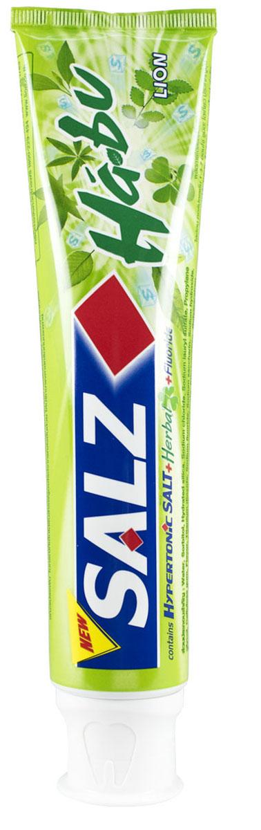 LionThailand Salz Habu Паста зубная, 160 гр015807Инновационная формула зубной пасты «All Protection» обеспечивает комплексную защиту и уход за полостью рта., Зубная паста Salz содержит несколько активных компонентов: гипертоническую соль, коэнзим Q10 и фтор, а также Habunochikara - эфирное масло японского растения для защиты полости рта и устранения неприятного запаха., Прекрасно освежает дыхание., -Натуральный эфирный экстракт (Habunochikara) способствует профилактике заболеваний полости рта, повышая здоровье зубов и десен., -Концентрированное содержание гипертонической соли укрепляет десна и уменьшает количество бактерий, которые являются причиной появления неприятного запаха изо рта., -Коэнзим Q10, являясь антиоксидантом, надежно защищает полость рта и десна., -Фтор предупреждает развитие кариеса и улучшает состояние зубной эмали., Способ применения: чистить зубы не менее 3х минут, последовательно обрабатывая наружные, жевательные и внутренние поверхности всех зубов., Меры предосторожности: хранить в...