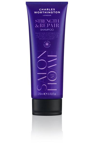 Charles Worthington Шампунь для волос Укрепление и восстановление, 250 мл.R5103Шампунь, обогащенный маслом Арганы и жожоба, мгновенно восстанавливает даже самые поврежденные волосы. Обогащенная кератином формула уменьшает ломкость на 97% и восстанавливает эластичность волос уже после первого использования. Разглаживает каждую прядь от корней до кончиков, делая волосы эластичными и легко управляемыми. Волосы до 6 раз более сильные и упругие. Благодаря специальной технологии FragranceLock ™, шампунь придает волосам стойкий приятный аромат, которым Вы будете наслаждаться в течение всего дня.