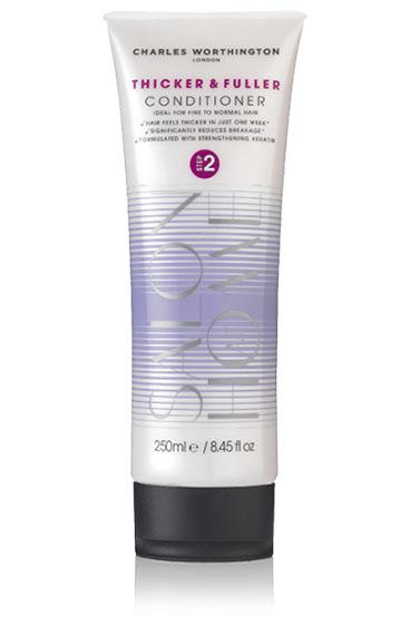 Charles Worthington Кондиционер для волос Плотные и густые, 250 мл.R5122Кондиционер делает тонкие волосы более плотными всего за одну неделю. Обогащенный капсулированным витамином Е он заботится о коже головы, улучшает состояние волос и уменьшает их ломкость. Волосы становятся более густыми, мягкими, послушными и здоровыми. Благодаря специальной технологии FragranceLock ™, шампунь придает волосам стойкий приятный аромат, которым Вы будете наслаждаться в течение всего дня