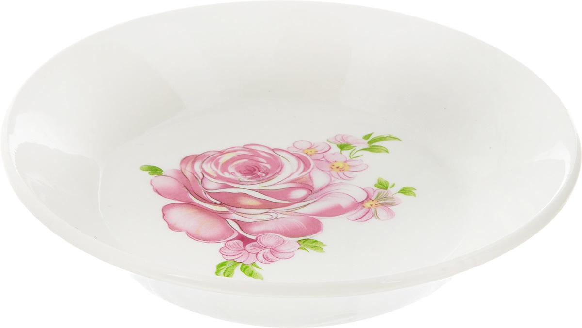Блюдце Кубаньфарфор Розовые розы, диаметр 14 см099_розовые розыБлюдце Кубаньфарфор Розовые розы, изготовленное из высококачественного фаянса, имеет классическую круглую форму. Оригинальный дизайн придется по вкусу и ценителям классики, и тем, кто предпочитает утонченность и изысканность. Блюдце Кубаньфарфор Розовые розы идеально подойдет для сервировки стола и станет отличным подарком к любому празднику. Диаметр блюдца (по верхнему краю): 14 см. Высота блюдца: 3 см.