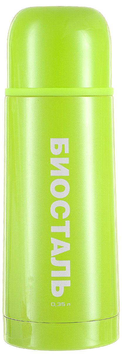Термос Biostal Flёr, цвет: зеленый, 350 млNB-350С-GТермос с узким горлом Biostal Flёr, изготовленный из высококачественной нержавеющей стали, покрыт износостойким лаком. Такой термос прост в использовании, экономичен и многофункционален. Термос предназначен для хранения горячих и холодных напитков (чая, кофе) и укомплектован пробкой с кнопкой. Такая пробка удобна в использовании и позволяет, не отвинчивая ее, наливать напитки после простого нажатия. Изделие также оснащено крышкой-чашкой. Легкий и прочный термос BIOSTAL сохранит ваши напитки горячими или холодными надолго. Высота (с учетом крышки): 19,5 см. Диаметр горлышка: 4,3 см.