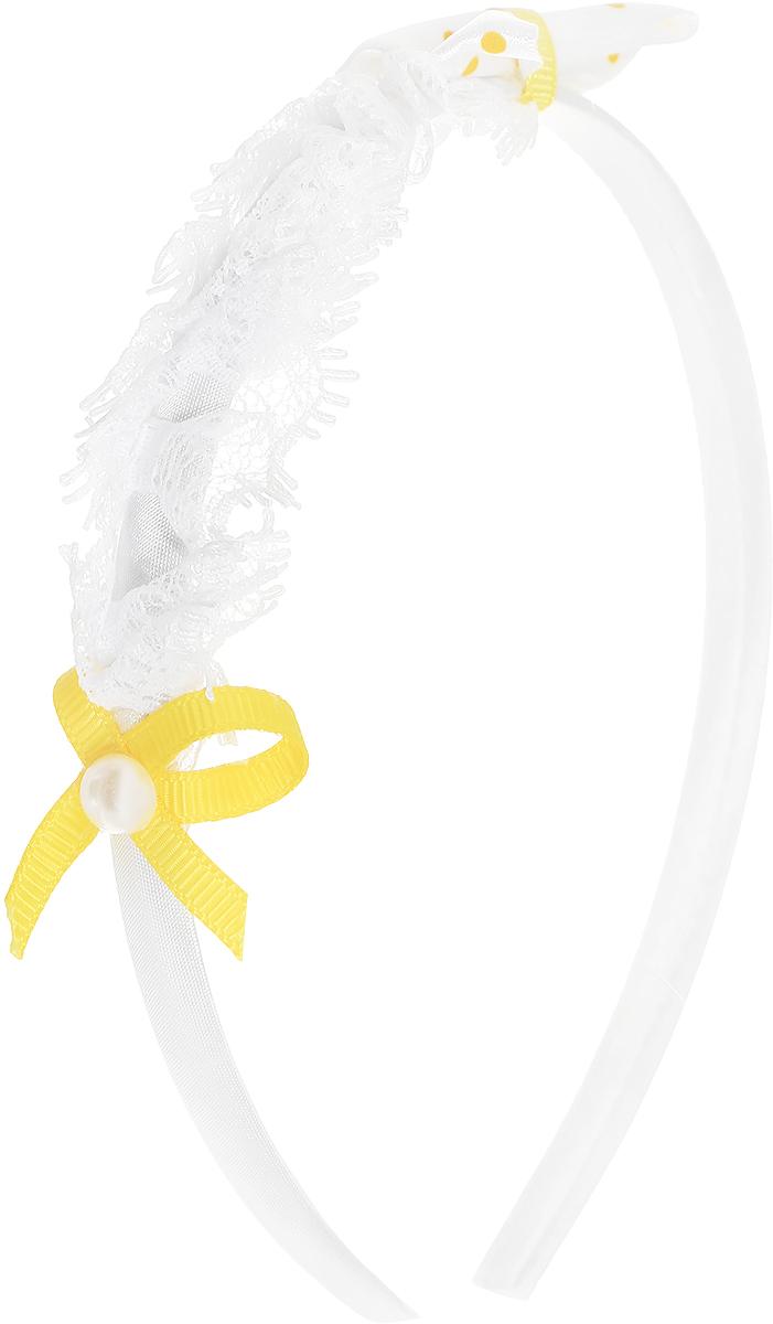Babys Joy Ободок цвет белый желтый VT 117VT 117_белый, желтыйОбодок для волос Babys Joy выполнен из пластика без зубчиков и обтянут атласной тканью, оформлен декоративным бантиком из атласной белой ленты в желтый горох, кружевной тесьмой и небольшим желтым бантиком с перламутровой бусиной в центре. Ободок позволяет не только убрать непослушные волосы со лба, но и придать образу романтичности и очарования.