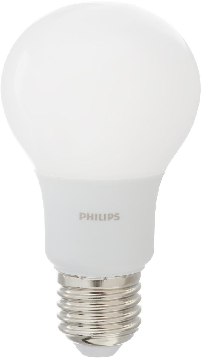 Лампа светодиодная Philips, цоколь E27, 6W, 6500КЛампа LEDBulb 6-50W E27 6500K 230VA60/PFСовременные светодиодные лампы Philips экономичны, имеют долгий срок службы и мгновенно загораются, заполняя комнату светом. Лампа классической формы и высокой яркости позволяет создать уютную и приятную обстановку в любой комнате вашего дома. Светодиодные лампы потребляют на 88 % меньше электроэнергии, чем обычные лампы накаливания, излучая при этом привычный и приятный свет. Срок службы светодиодной лампы Philips составляет до 15 000 часов, что соответствует общему сроку службы 15 ламп накаливания. В результате менять лампы приходится значительно реже, что сокращает количество отходов. Напряжение: 220-240 В. Световой поток: 470 lm. Угол светового пучка: 270°.