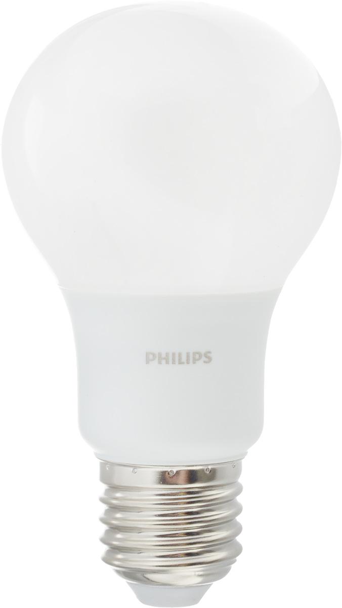 Лампа светодиодная Philips, цоколь E27, 7W, 3000КЛампа LEDBulb 7-60W E27 3000K 230VA60/PFСовременные светодиодные лампы Philips экономичны, имеют долгий срок службы и мгновенно загораются, заполняя комнату светом. Лампа классической формы и высокой яркости позволяет создать уютную и приятную обстановку в любой комнате вашего дома. Светодиодные лампы потребляют на 88 % меньше электроэнергии, чем обычные лампы накаливания, излучая при этом привычный и приятный теплый свет. Срок службы светодиодной лампы Philips составляет до 15 000 часов, что соответствует общему сроку службы 15 ламп накаливания. В результате менять лампы приходится значительно реже, что сокращает количество отходов. Напряжение: 220-240 В. Световой поток: 600 lm. Угол светового пучка: 270°.