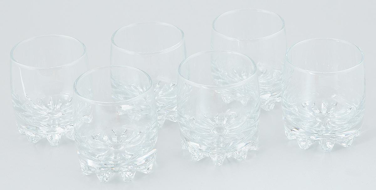 Набор стаканов Pasabahce Sylvana, 200 мл, 6 шт42414/Набор Pasabahce Sylvana состоит из шести стаканов, выполненных из прочного натрий-кальций-силикатного стекла. Изделия отлично подходят для подачи виски или бренди. Бокалы сочетают в себе элегантный дизайн и функциональность. Набор бокалов Pasabahce Sylvana прекрасно оформит праздничный стол и создаст приятную атмосферу за ужином. Такой набор также станет хорошим подарком к любому случаю. Можно мыть в посудомоечной машине. Диаметр стакана (по верхнему краю): 6,5 см. Высота стакана: 8 см.