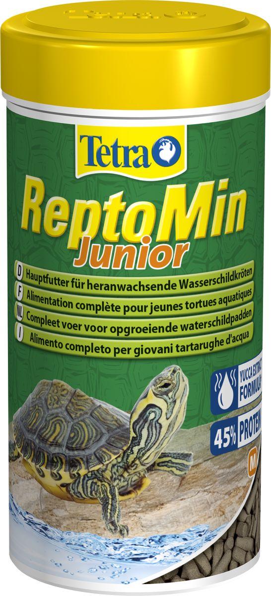 Корм Tetra ReptoMin Junior, для молодых водных черепах, палочки, 250 мл258884Tetra ReptoMin – основной полноценный корм для молодых водных черепах в виде палочек. Корм идеален в качестве основного рациона питания водных черепах, содержит жизненно необходимые компоненты, кальций для укрепления панциря и фосфор. Высокий процент легко усваиваемых белков способствует насыщению организма и его интенсивному росту. Форма выпуска 250 мл.