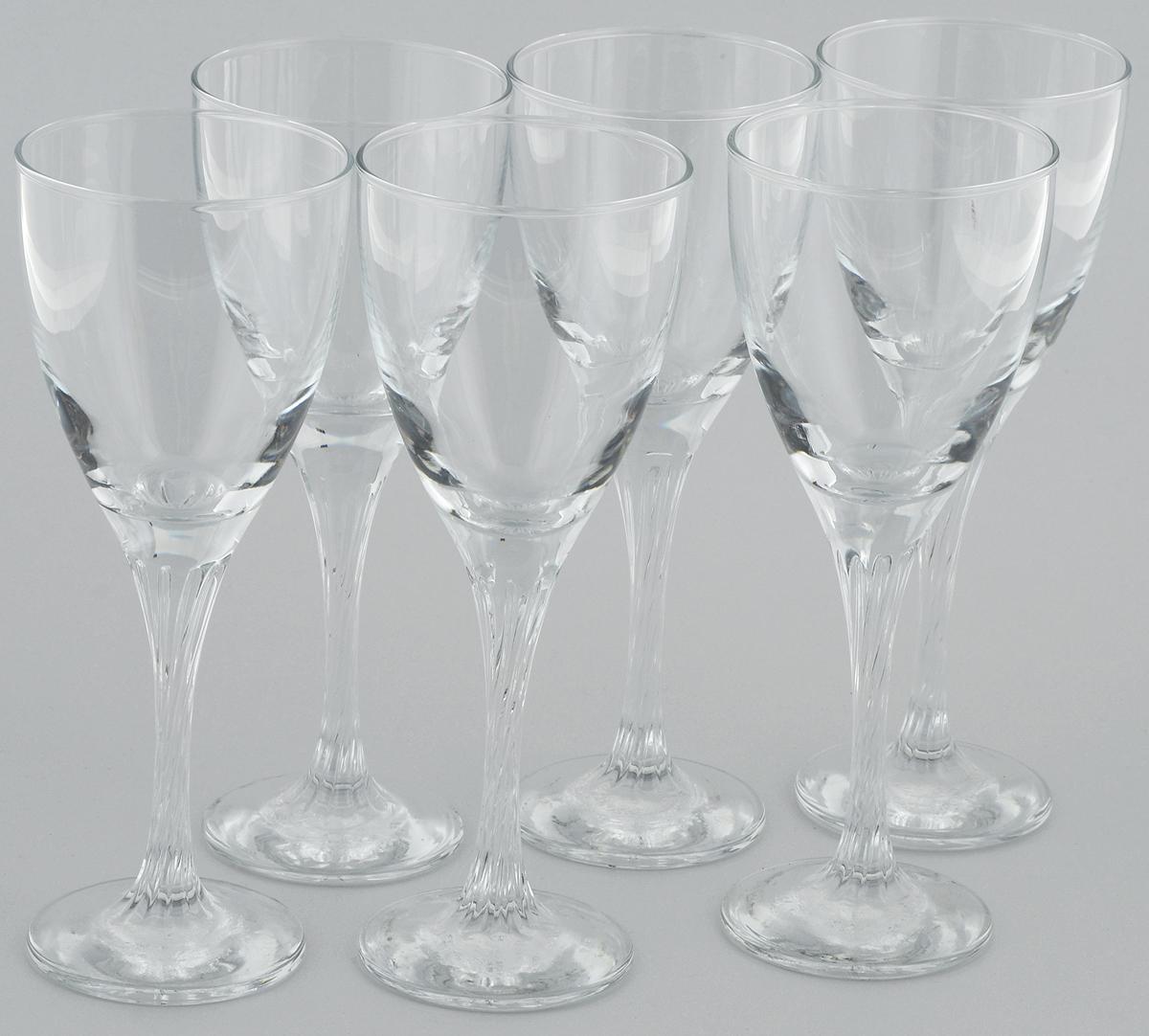 Набор бокалов для вина Pasabahce Twist, 205 мл, 6 шт44372BНабор Pasabahce Twist состоит из шести бокалов, выполненных из прочного натрий-кальций-силикатного стекла. Изделия оснащены высокими ножками и предназначены для подачи вина. Они сочетают в себе элегантный дизайн и функциональность. Набор бокалов Pasabahce Twist прекрасно оформит праздничный стол и создаст приятную атмосферу за романтическим ужином. Такой набор также станет хорошим подарком к любому случаю.