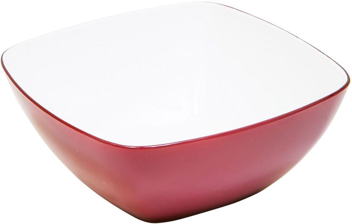 Миска MoulinVilla, цвет: бургунди, 20 х 20 смL-20BМиска компании Moulinvilla изготовлена из высококачественного акрила. Благодаря оригинальному и привлекательному дизайну выполняет не только практичную, но и декоративную функцию. Белый цвет внутренней поверхности и сочный, интенсивный цвет снаружи отлично контрастируют. В ней можно сервировать салаты, фрукты, закуски, десерты, печенье, сладости и т.д. Состав: Акрил. Можно мыть в посудомоечной машине.