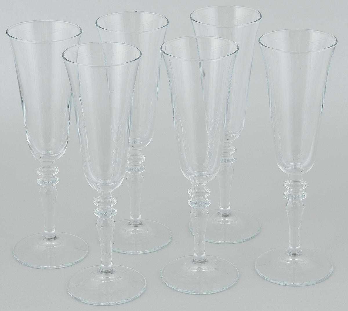 Набор бокалов Pasabahce Vintage, 190 мл, 6 шт440283BНабор Pasabahce Vintage состоит из шести бокалов, выполненных из прочного натрий-кальций-силикатного стекла. Изделия оснащены высокими ножками и предназначены для подачи вина. Они сочетают в себе элегантный дизайн и функциональность. Набор бокалов Pasabahce Vintage прекрасно оформит праздничный стол и создаст приятную атмосферу за романтическим ужином. Такой набор также станет хорошим подарком к любому случаю. Высота бокала: 23 см. Диаметр бокала: 7 см.