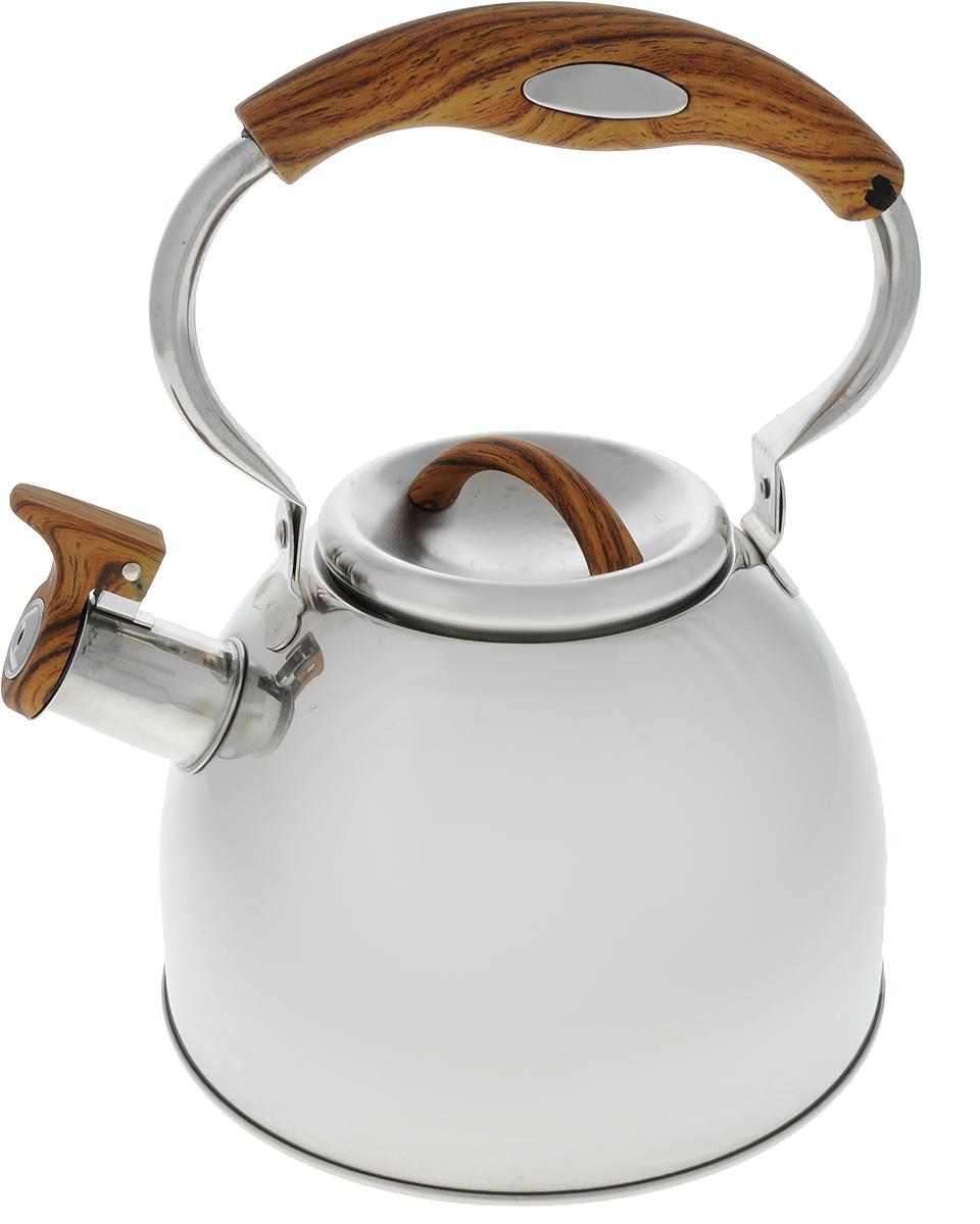 Чайник Mayer & Boch, со свистком, цвет: дерево, стальной, 3 л. 41284128_деревоЧайник Mayer & Boch выполнен из высококачественной нержавеющей стали, что делает его весьма гигиеничным и устойчивым к износу при длительном использовании. Носик чайника оснащен насадкой-свистком, что позволит вам контролировать процесс подогрева или кипячения воды. Подвижная ручка, выполненная из нейлона, дает дополнительное удобство при наливании напитка. Поверхность чайника гладкая, что облегчает уход за ним. Эстетичный и функциональный, с эксклюзивным дизайном, чайник будет оригинально смотреться в любом интерьере. Подходит для всех типов плит, кроме индукционных. Можно мыть в посудомоечной машине. Диаметр (по верхнему краю): 10 см. Высота чайника (без учета крышки и ручки): 12 см. Высота ручки: 12,5 см