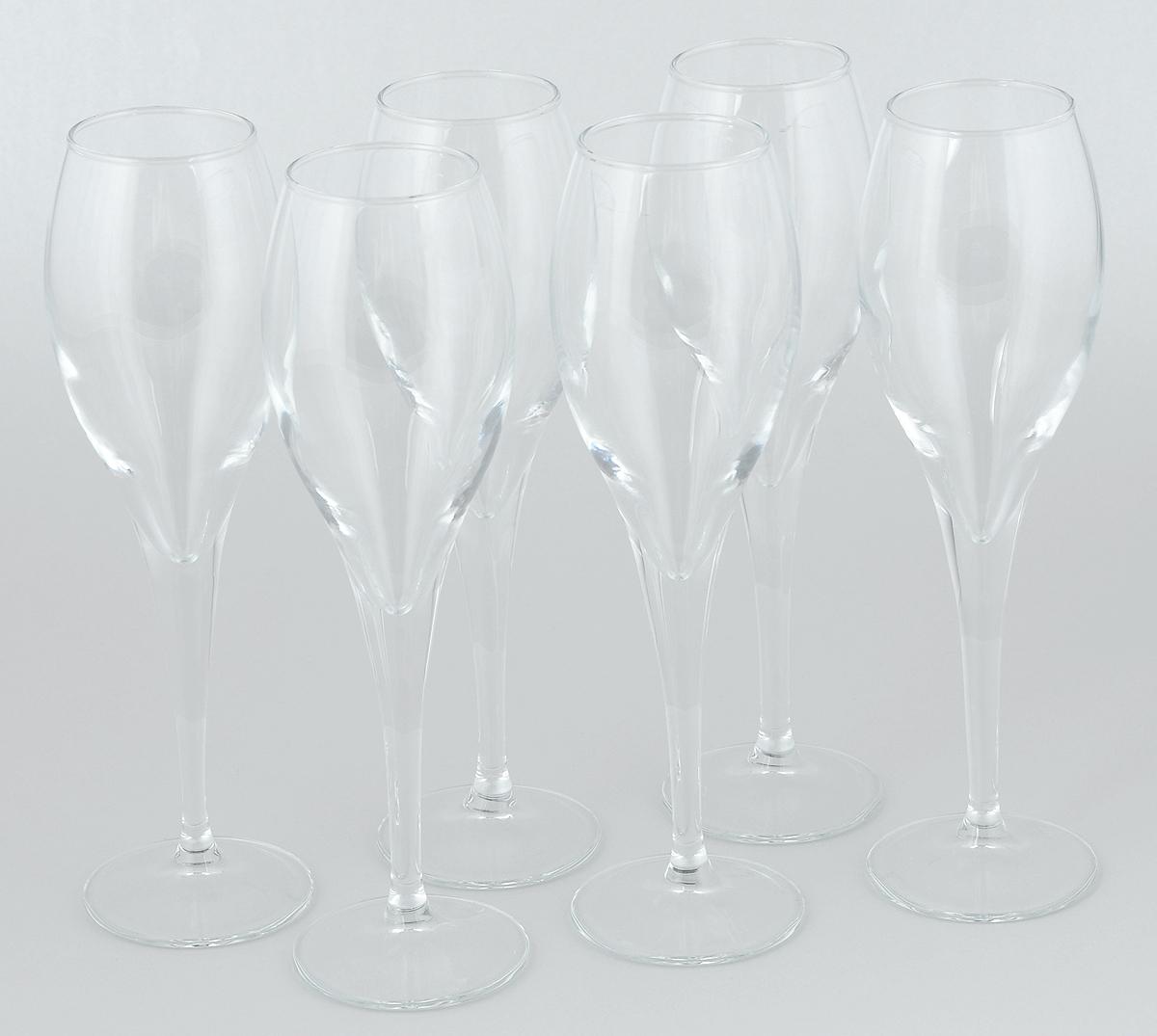 Набор бокалов Pasabahce Monte Carlo, 195 мл, 6 шт440110BНабор Pasabahce Monte Carlo состоит из шести бокалов, выполненных из прочного натрий-кальций-силикатного стекла. Изделия оснащены высокими ножками и предназначены для подачи вина, а также шампанского. Они сочетают в себе элегантный дизайн и функциональность. Набор бокалов Pasabahce Monte Carlo прекрасно оформит праздничный стол и создаст приятную атмосферу за романтическим ужином. Такой набор также станет хорошим подарком к любому случаю. Высота бокала: 21,3 см.