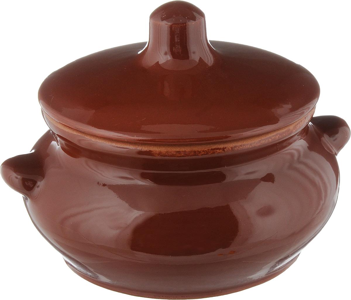 Горшок для жаркого Борисовская керамика Лакомка, с крышкой, цвет: коричневый, 500 мл. ОБЧ00000358ОБЧ00000358_коричневый, листокГоршок для жаркого Борисовская керамика Лакомка выполнен из высококачественной керамики. Внутренняя и внешняя поверхность покрыты глазурью. Керамика абсолютно безопасна, поэтому изделие придется по вкусу любителям здоровой и полезной пищи. Горшок для запекания с крышкой очень вместителен и имеет удобную форму. Идеально подходит для одной порции. Уникальные свойства красной глины и толстые стенки изделия обеспечивают эффект русской печи при приготовлении блюд. Это значит, что еда будет очень вкусной, сочной и здоровой. Посуда жаропрочная. Можно использовать в духовке и микроволновой печи. Диаметр горшка по верхнему краю: 11 см. Высота стенки: 6,8 см. Ширина горшка (с учетом ручек): 14,5 см. Высота горшка (с учетом крышки): 11 см.