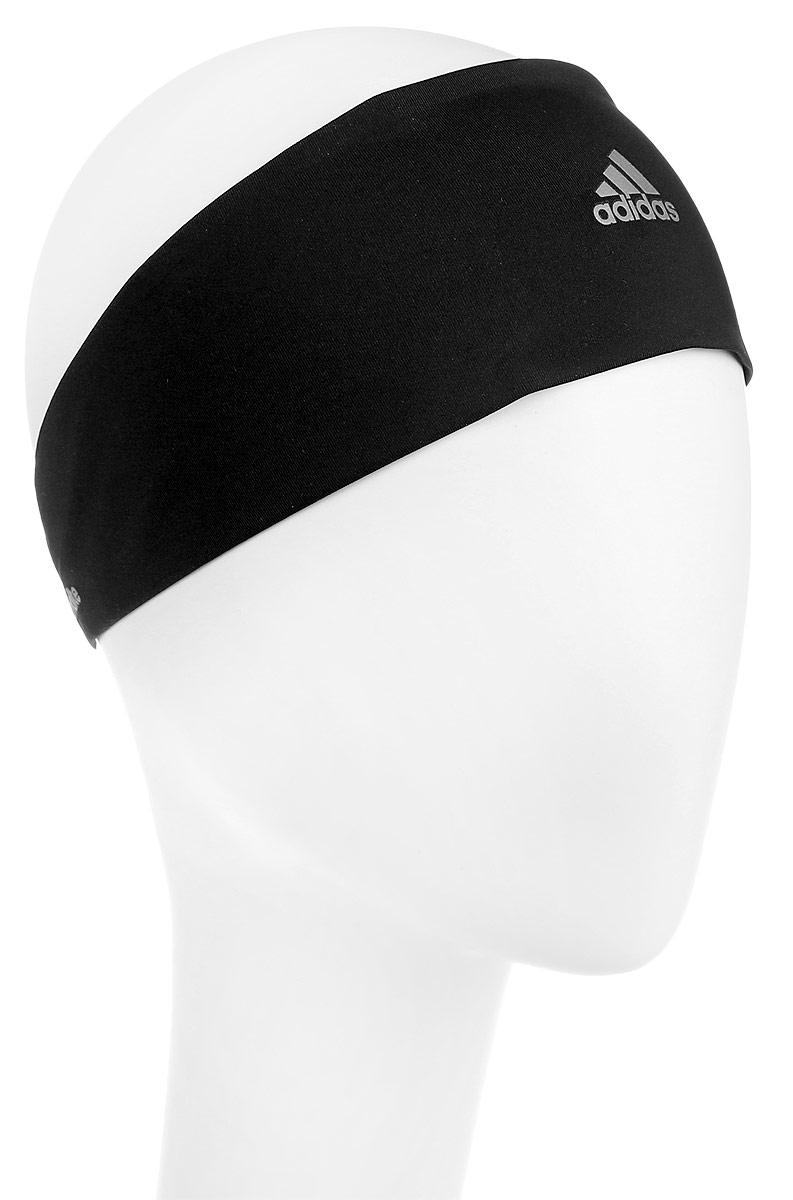 Повязка на голову для бега Adidas Climalite Running HB, цвет: черный. Размер OSFL (60-62)S99780Повязка на голову Climalite Running - отводящая влагу повязка со светоотражающими деталями. Сконцентрируйся на беге в этой повязке на голову, которая отводит излишки влаги, не позволяя каплям падать на глаза. Эластичная ткань обеспечивает удобную прилегающую посадку, а светоотражающие детали — безопасность в темное время суток. Ткань с технологией climalite быстро и эффективно отводит влагу с поверхности кожи, поддерживая комфортный микроклимат Эластичный ремешок сзади для оптимальной посадки Светоотражающие детали 100% плотный трикотаж (полиэстер); 84% полиэстер / 16% эластан (тонкий трикотаж)