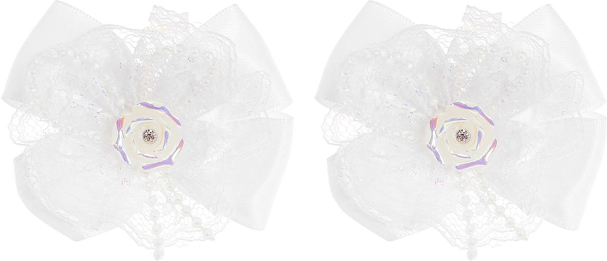 Babys Joy Резинка для волос цвет белый розочка 2 шт MN 163/2MN 163/2_белый, розочкаРезинка для волос Babys Joy выполнена в виде банта из атласной ленты и цветка декоративной ленты, центр которого закреплен элементом в виде перламутровой розочки. Резинка позволит не только убрать непослушные волосы с лица, но и придать образу немного романтичности и очарования. В упаковке: 2 резинки. Рекомендовано для детей старше трех лет.