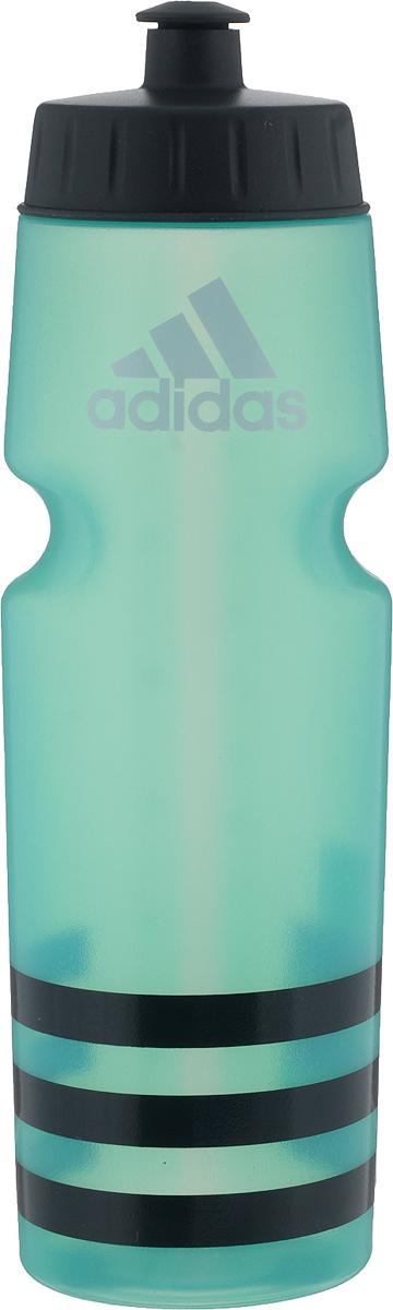 Бутылка для воды Adidas Perf Bottl, цвет: зеленый, 750 млBR2709Стильная бутылка для воды Adidas Perf Bottl, изготовленная из 100% литого полиэтилена, оснащена крышкой, которая плотно и герметично закрывается. Широкое отверстие позволяет удобно наливать жидкость и добавлять лед. Бутылка оснащена просто открывающимся и, в то же время, надежным защитным клапаном. Употребление достаточного количества жидкости - важная часть спортивного режима. Благодаря эргономичной форме эту бутылку удобно носить в руках. Компактный дизайн. Подходит к большинству велосипедных холдеров.