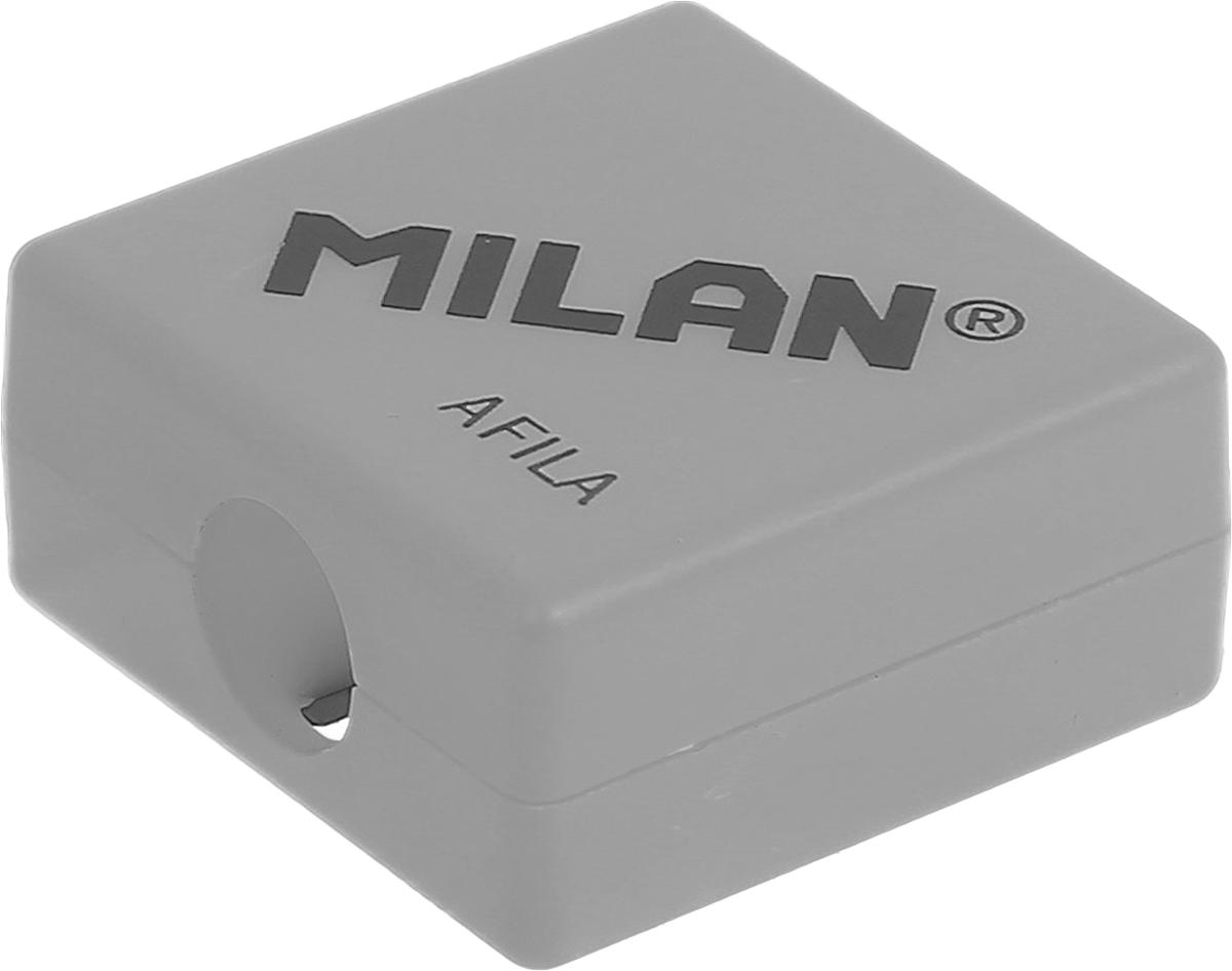 Milan Точилка Afila цвет серый20140932_серыйКомпактная точилка Milan Afila оснащена безопасной системой заточки. Эта система предотвращает отделение лезвия от точилки. Идеально подходит для использования в школах. Стальное лезвие острое и устойчиво к повреждению. Идеально подходит для заточки графитовых и цветных карандашей