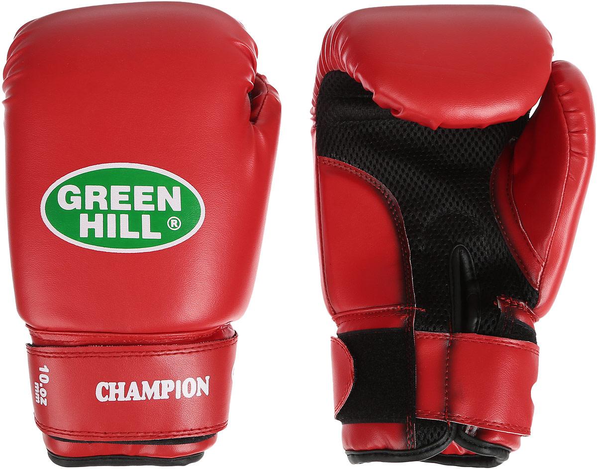 Перчатки боксерские Green Hill Champion, цвет: красный. Вес 10 унцийBGC-2040bБоксерские перчатки Green Hill Champion предназначены для тренировок и соревнований. Верх выполнен из синтетической кожи, наполнитель - из пенополиуретана. Вставка из прочной замшевой сетки в области ладони позволяет создать максимально комфортный терморежим во время занятий. Перчатка хорошо проветривается благодаря системе воздухообмена. Широкий ремень, охватывая запястье, полностью оборачивается вокруг манжеты, благодаря чему создается дополнительная защита лучезапястного сустава от травмирования. Застежка на липучке способствует быстрому и удобному одеванию перчаток, плотно фиксирует перчатки на руке.