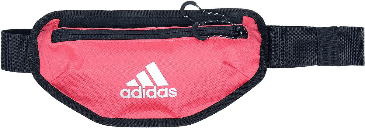 Сумка поясная для бега Adidas Waist, цвет: черный, брусничныйS96351Поясная сумка Adidas Run Waist станет незаменимой во время пробежек. Изделие, выполненное из полиэстера, имеет два нашивных кармана с застежками-молниями, внутри одного из которых находится накладной сетчатый карман. Фиксируется сумка на поясе с помощью регулируемого ремешка с застежкой-фастекс.