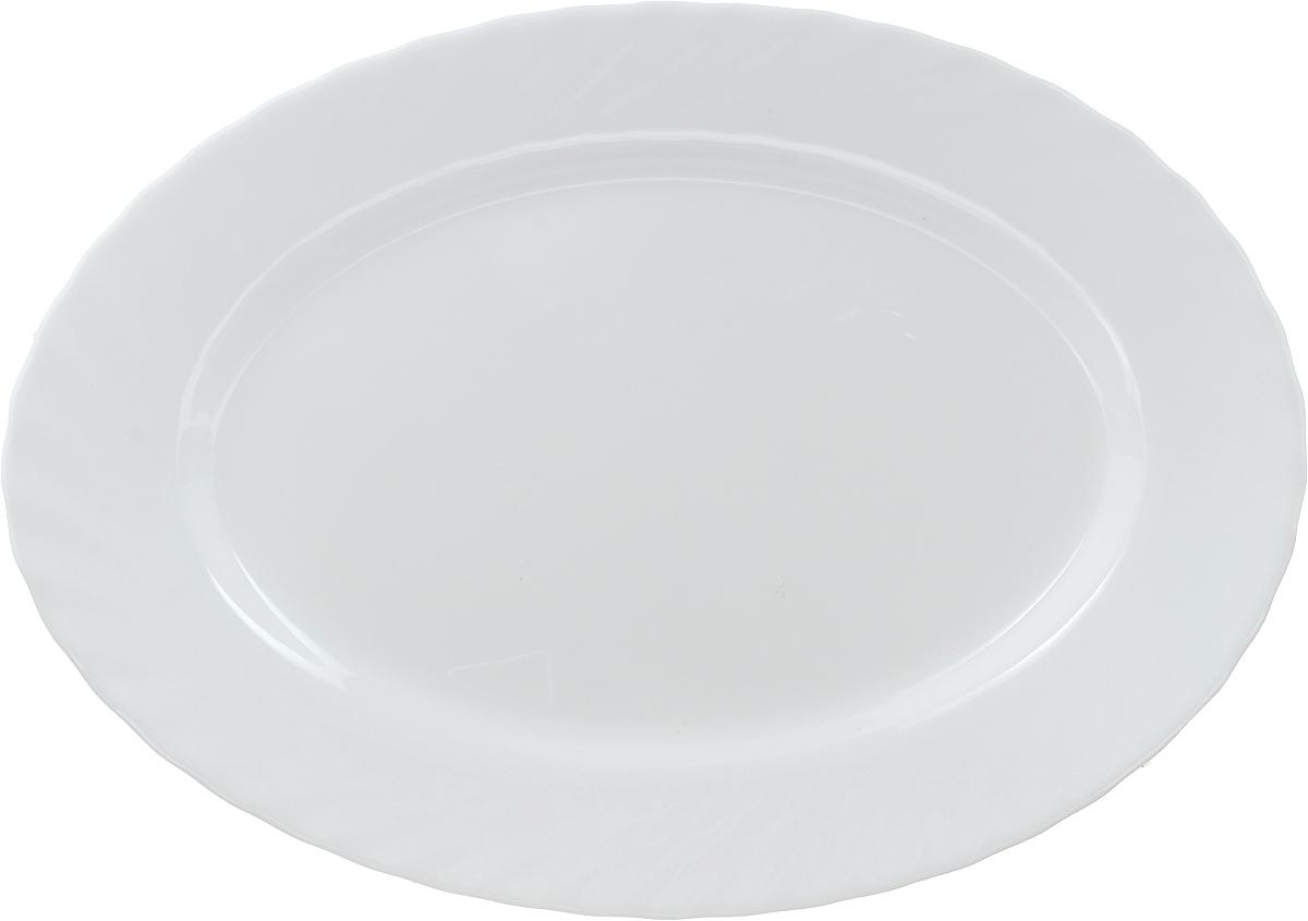 Блюдо Luminarc Trianon, овальное, 29 х 21,5 см09392Блюдо Luminarc Trianon овальной формы изготовлено из высококачественного стекла. Изделие имеет универсальный дизайн, поэтому легко впишется в любой интерьер. Простота форм и белоснежный цвет выгодно подчеркнут изысканность ваших блюд. Блюдо Luminarc Trianon идеально подойдет для сервировки стола и станет отличным подарком к любому празднику. Высота блюда: 2 см. Размер блюда: 29 х 21,5 см.