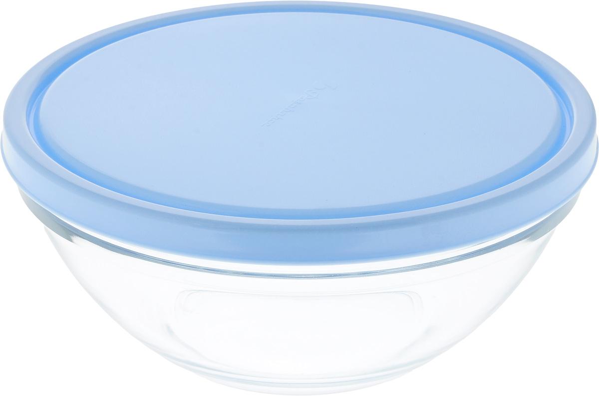 Салатник Pasabahce Chefs, с крышкой, диаметр 23 см53583BD3Салатник Pasabahce Chefs выполнен из прочного натрий-кальций-силикатного стекла. Изделие оснащено пластиковой крышкой. Такой салатник отлично подойдет для сервировки закусок, нарезок, салатов и других блюд, а наличие крышки дает возможность хранить продукты закрытыми в холодильнике. Такой салатник идеально подойдет для сервировки стола и станет отличным подарком к любому празднику. Можно мыть в посудомоечной машине и использовать в микроволновой печи. Диаметр салатника: 23 см. Высота салатника (без учета крышки): 9,5 см.