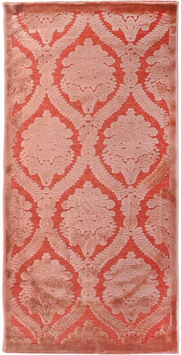 Ковер ART Carpets Платин, 80 х 150 см. 203420130212182826203420130212182826Ковер ART Carpets, изготовленный из высококачественного материала, прекрасно подойдет для любого интерьера. За счет прочного ворса ковер легко чистить. При надлежащем уходе синтетический ковер прослужит долго, не утратив ни яркости узора, ни блеска ворса, ни упругости. Самый простой способ избавить изделие от грязи - пропылесосить его с обеих сторон (лицевой и изнаночной). Влажная уборка с применением шампуней и моющих средств не противопоказана. Хранить рекомендуется в свернутом рулоном виде.