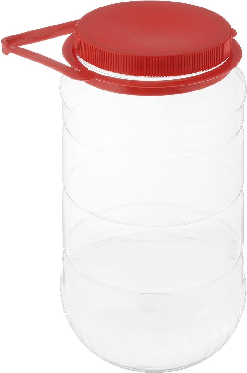 Банка Альтернатива, со съемной ручкой, цвет: прозрачный, красный, 3 лМ493Бидон Альтернатива выполнена из полиэтилентерефталата и предназначен для хранения и переноски разных жидкостей: молоко, воды и прочее. Бидон оснащен съемной ручкой для удобной переноски. Высота бидона (без учета крышки): 25 см. Диаметр по верхнему краю: 10,5 см.