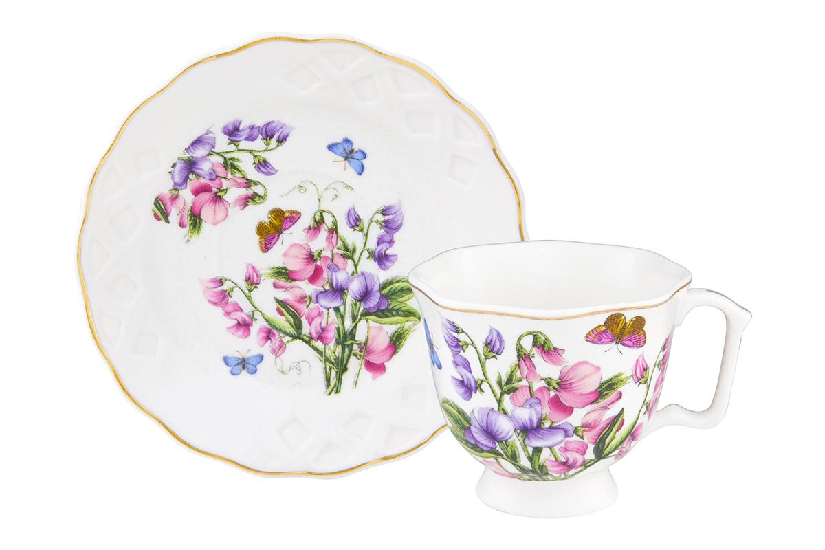 Кофейная пара Elan Gallery Душистый цветок, 2 предмета, 100 мл180992/цветок/Кофейный набор на 1 персону понравится любителям кофе. В комплекте 1 чашка объемом 100 мл, 1 блюдце. Изделие имеет подарочную упаковку, поэтому станет желанным подарком для Ваших близких!