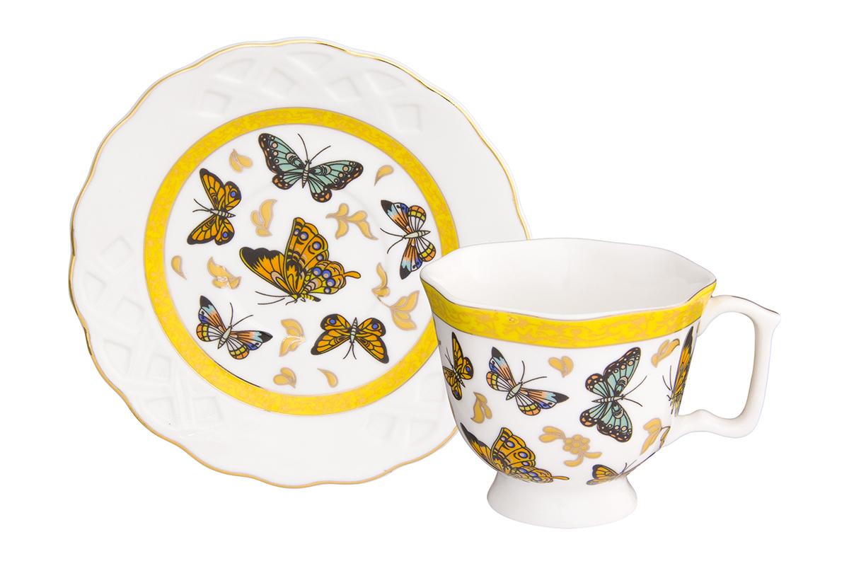 Кофейная пара Elan Gallery Бабочки, 100 мл, 2 предмета180993/бабочки/Кофейный набор на 1 персону понравится любителям кофе. В комплекте 1 чашка объемом 100 мл, 1 блюдце. Изделие имеет подарочную упаковку, поэтому станет желанным подарком для Ваших близких!