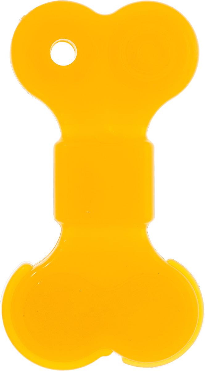 Игрушка для собак Doglike Кость большая, 16,5 х 9 х 2 смD11-1095Игрушка Doglike Кость большая служит для массажа десен и очистки зубов от налета и камня, а также снимает нервное напряжение. Игрушка представляет собой резиновую кость. Она прочная и может выдержать огромное количество часов игры. Это идеальная замена косточке. Если ваш пес портит мебель, излишне агрессивен, непослушен или страдает излишним весом то, скорее всего, корень всех бед кроется в недостаточной физической и эмоциональной нагрузке. Порадуйте своего питомца прекрасным и качественным подарком.
