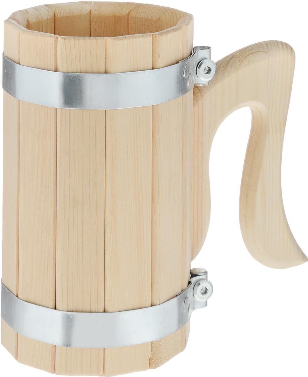 Кружка для бани и сауны Доктор Баня, 1 л905631Кружка Доктор Баня выполнена из натурального кедра с двумя металлическими обручами и оснащена резной ручкой. Она просто незаменима для подачи напитков, приготовления отваров из трав и ароматических масел, также подходит для декора или в качестве сувенира. Объем кружки: 1 л. Диаметр по верхнему краю: 10,5 см. Высота стенки: 19 см. Длина ручки: 14,5 см.