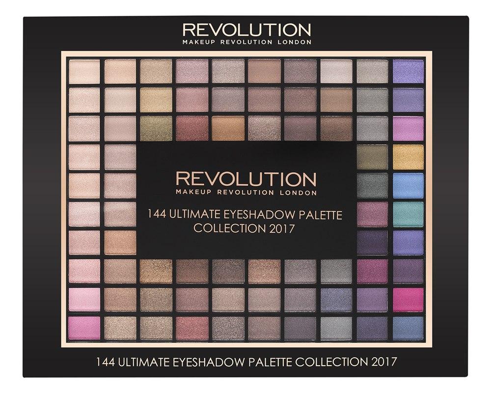 Makeup Revolution Набор из 144 теней Ultimate Eyeshadow Collection 201720236144 оттенка теней в одной палетке - мечта, которая может стать реальностью! От естественных светлых до насыщенных ярких - с палеткой 144 Ultimate Eyeshadow вы точно сможете создать любой макияж глаз! Настоящий Must Have для визажистов и бьютиголиков!