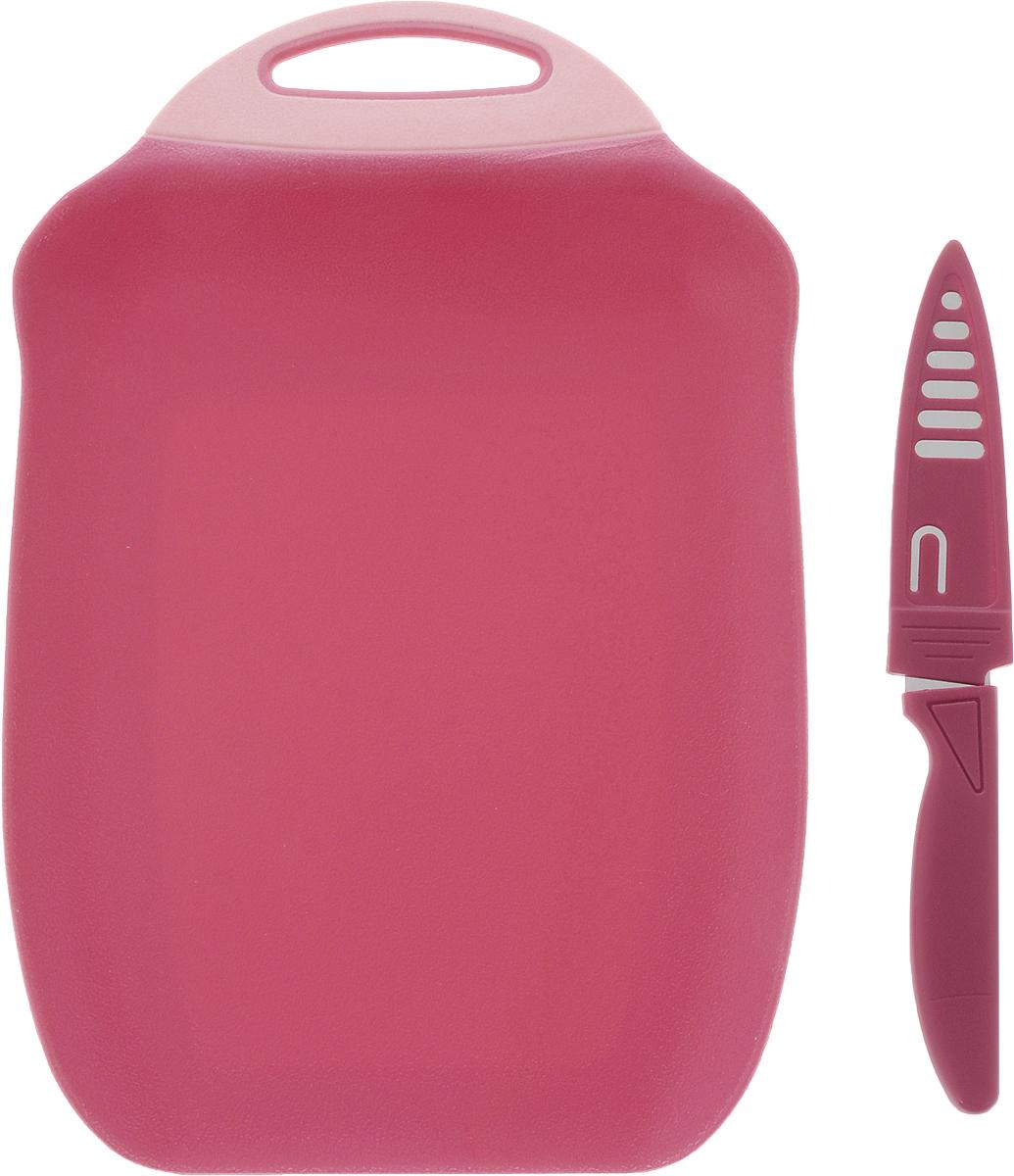 Доска разделочная Menu Ланч, с ножом, цвет: розовый, 27 х 18 смLNC-27_розовыйРазделочная доска Menu Ланч изготовлена из высококачественного пищевого пластика и предназначена для разделывания рыбы, мяса, нарезки овощей, фруктов, колбас, сыра и хлеба. Поверхность доски не тупит лезвия ножей и не впитывает запахи продуктов. В конструкции доски предусмотрены специальные небольшие бортики, которые предотвратят случайное ссыпание продуктов. Для удобства хранения доска имеет отверстие для подвешивания. В комплекте имеется нож из нержавеющей стали с защитным чехлом. Эргономичная пластиковая рукоятка не позволяет ножу выскальзывать из рук. Любая хозяйка оценит функциональность данного набора. Мыть только вручную. Размер разделочной доски: 27 х 18 см. Длина ножа: 19 см. Длина лезвия ножа: 10 см.