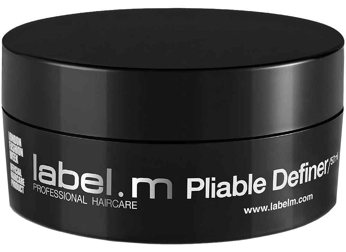 Label.m Паста гибкая фиксация 50 млLFPL0050Паста Гибкая Фиксация - новый фаворит стилистов для создания максимально текстурной укладки с сияющим завершением. Идеальный продукт для коротких и средней длины волос любого типа. Паста Гибкая Фиксация подходит для создания чёткой укладки с лёгкой фиксацией на мужских и женских волосах, так что переделать укладку не станет проблемой - от гладких и прямых до свободных и объёмных. При этом сочетание Липидов Сои, Соевой Муки и Корня Юкки увлажняет и питает волосы, придаёт им глянцевый блеск. Новая формула и невесомая фиксация дают возможность преобразить причёску, добавить текстуры, при этом не ограничивая движение волос, поскольку продукт очень лёгкий.