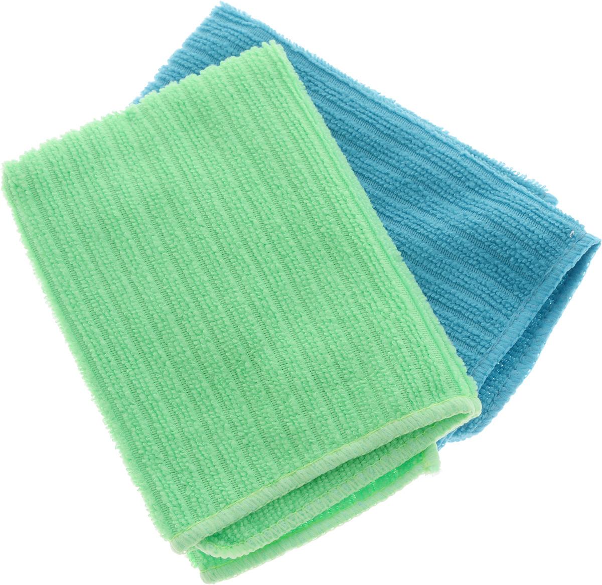 Салфетка из микрофибры Home Queen, цвет: бирюзовый, салатовый, 30 х 30 см, 2 шт57048_бирюзовый, салатовыйСалфетка Home Queen изготовлена из микрофибры (100% полиэстер). Это великолепная гипоаллергенная ткань, изготовленная из тончайших полимерных микроволокон. Салфетка из микрофибры может поглощать количество пыли и влаги, в 7 раз превышающее ее собственный вес. Многочисленные поры между микроволокнами, благодаря капиллярному эффекту, мгновенно впитывают воду, подобно губке. Благодаря мелким порам микроволокна, любые капельки, остающиеся на чистящей поверхности, очень быстро испаряются, и остается чистая дорожка без полос и разводов. В сухом виде при вытирании поверхности волокна микрофибры электризуются и притягивают к себе микробов, мельчайшие частицы пыли и грязи, удерживая их в своих микропорах. Размер салфетки: 30 х 30 см.