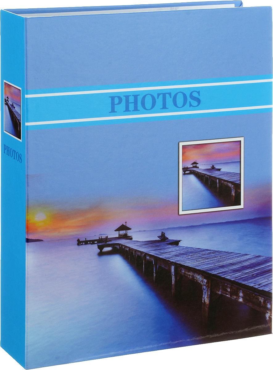 Фотоальбом Platinum Лагуна, 200 фотографий, 10 х 15 см22227_голубой, PP46200SФотоальбом Platinum Лагуна поможет красиво оформить ваши фотографии. Обложка выполнена из толстого картона и декорирована рисунком с красочным изображением. Внутри содержится блок из 50 листов с фиксаторами-окошками из полипропилена. Альбом рассчитан на 200 фотографий формата 10 х 15 см (по 2 фотографии на странице). Переплет - книжный. Нам всегда так приятно вспоминать о самых счастливых моментах жизни, запечатленных на фотографиях. Поэтому фотоальбом является универсальным подарком к любому празднику. Количество листов: 50.