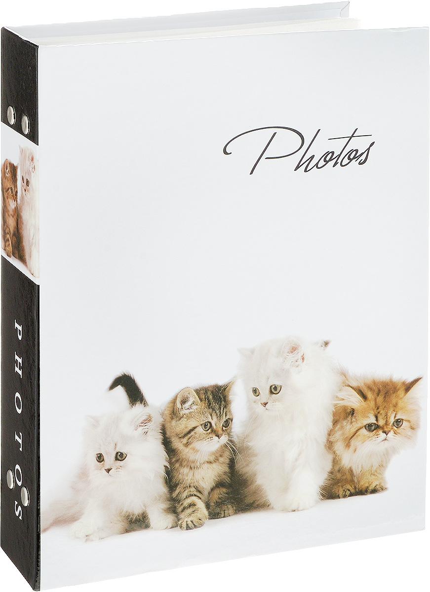 Фотоальбом Platinum Кошки - 2, 200 фотографий, 10 х 15 см21828_4 котенка, PP46200SФотоальбом Platinum Кошки - 2 поможет красиво оформить ваши фотографии. Обложка выполнена из толстого картона и декорирована рисунком с красочным изображением. Внутри содержится блок из 50 листов с фиксаторами-окошками из полипропилена. Альбом рассчитан на 200 фотографий формата 10 х 15 см (по 2 фотографии на странице). Переплет - книжный. Нам всегда так приятно вспоминать о самых счастливых моментах жизни, запечатленных на фотографиях. Поэтому фотоальбом является универсальным подарком к любому празднику. Количество листов: 50.