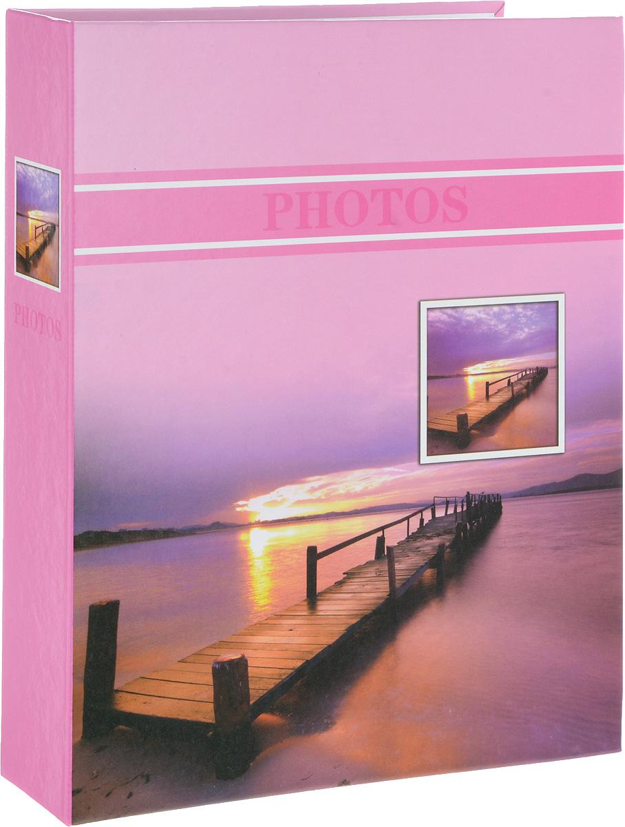 Фотоальбом Platinum Лагуна, 200 фотографий, 10 х 15 см. PP46200S22227_розовый, PP46200SФотоальбом Platinum Лагуна поможет красиво оформить ваши фотографии. Обложка выполнена из толстого картона и декорирована рисунком с красочным изображением. Внутри содержится блок из 50 листов с фиксаторами-окошками из полипропилена. Альбом рассчитан на 200 фотографий формата 10 х 15 см (по 2 фотографии на странице). Переплет - книжный. Нам всегда так приятно вспоминать о самых счастливых моментах жизни, запечатленных на фотографиях. Поэтому фотоальбом является универсальным подарком к любому празднику. Количество листов: 50.