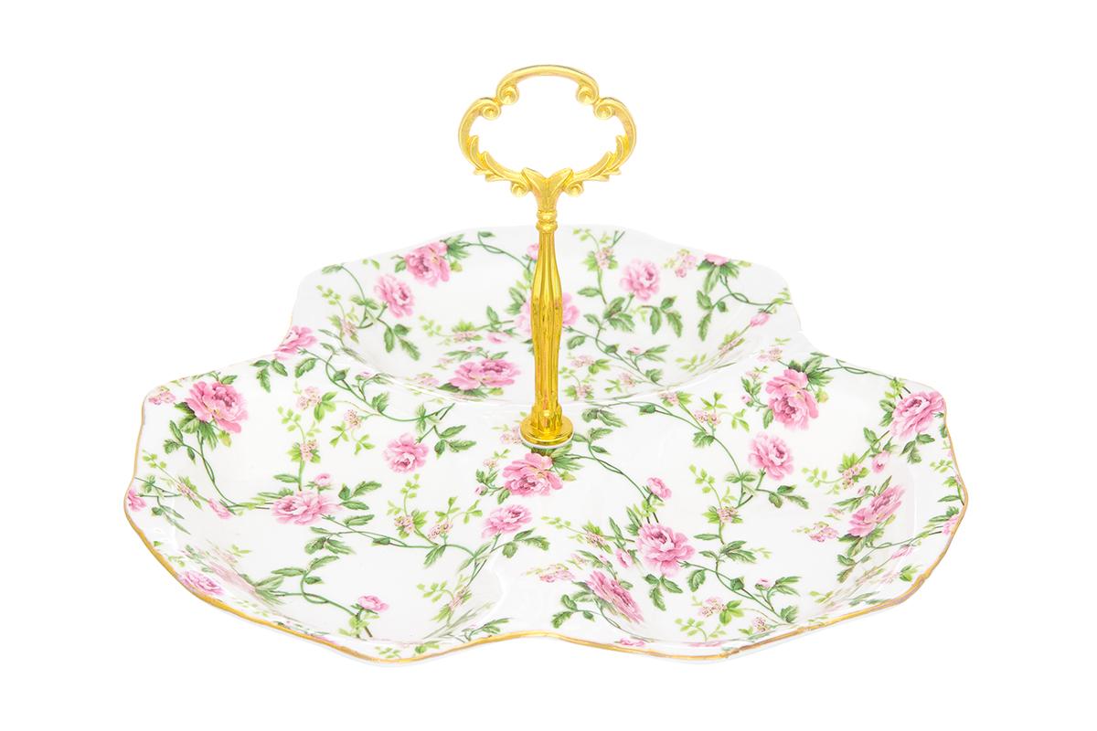 Менажница Elan Gallery Плетистая роза, 3 секции, 25 х 25 х 15,5 см740414Менажница Плетистая роза с 3 секциями - это великолепная идея для эстетичной и удобной сервировки вашего стола: яркая, нарядная, неординарная! Соберите всю коллекцию предметов сервировки Плетистая роза и Ваши гости будут в восторге!