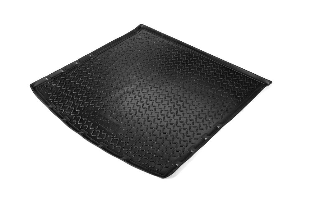 Ковер багажника Rival для Chevrolet Aveo HB (2011-)0011001003Коврик багажника Rival позволяет надежно защитить и сохранить от грязи багажный отсек вашего автомобиля на протяжении всего срока эксплуатации, полностью повторяют геометрию багажника. - Высокий борт специальной конструкции препятствует попаданию разлившейся жидкости и грязи на внутреннюю отделку. - Произведены из первичных материалов, в результате чего отсутствует неприятный запах в салоне автомобиля. - Рисунок обеспечивает противоскользящую поверхность, благодаря которой перевозимые предметы не перекатываются в багажном отделении, а остаются на своих местах. - Высокая эластичность, можно беспрепятственно эксплуатировать при температуре от -45 ?C до +45 ?C. - Изготовлены из высококачественного и экологичного материала, не подверженного воздействию кислот, щелочей и нефтепродуктов. Уважаемые клиенты! Обращаем ваше внимание, что коврик имеет форму соответствующую модели данного автомобиля. Фото служит для визуального восприятия товара.