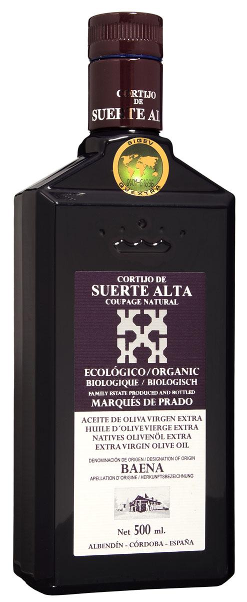 Suerte Alta Купаж оливковое масло Extra Virgin, 500 мл8437009165010Суэртэ Альта Купаж - нерафинированное оливковое масло первого холодного отжима (Extra Virgin Olive Oil) Премиум класса Кислотностью 0,2%, которая является личебной по испанским законам. ЭКОЛОГИЧЕСКИЙ ФЕРМЕРСКИЙ ПРОДУКТ из нескольких сортов оливок раннего сбора урожая. Диетический продукт! ОРГАНИЧЕСКОЕ оливковое масло Extra Virgin CORTIJO DE SUERTE ALTA от семьи Мануэля Эредия Альскон, маркиза Прадо. Компания основана его дедом в 1924 году. С 1996 года компания официально занимается Органическим сельским хозяйством, о чем свидетельствует сертификат C.A.A.E.- Совета по органическому земледелию Андалусии, а также аналогичные сертификаты США, Японии и Европейского совета. Поместье находится недалеко от городка Баэна (провинция Кордоба) - официальной столицы оливкового масла Испании. Именно здесь ежегодно проходит праздник молодого оливкового масла