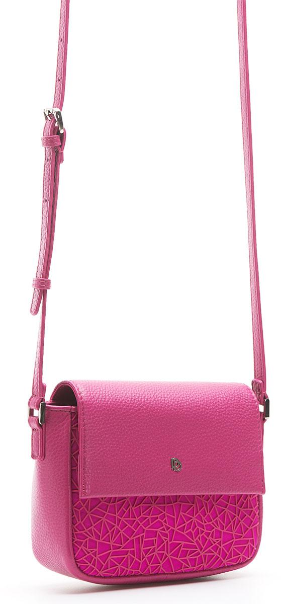 Сумка женская Pimo Betti, цвет: фуксия. 13866B4-W213866B4-W2Женская сумка торговой марки PimoBetti из натуральной кожи и текстиля. Сумка закрывается на магнит. Внутри - одно отделение, в котором есть карман на молнии и открытый карман. Модель имеет карман на задней стенке. Длина наплечного ремня - 125 см.